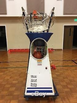 Basketball Rebounding Machine/the Gun 6000