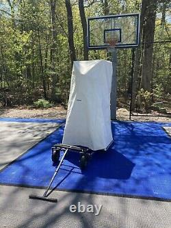 Basketball Shooting Gun 8000 with Shot-Tracker, cover and outdoor wheel kit