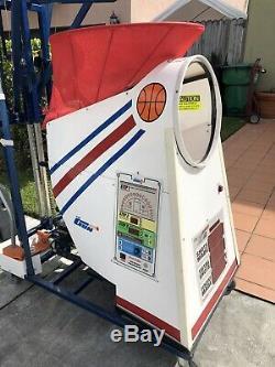 Basketball Shooting Machine Trainer(The Gun 8000 Series)