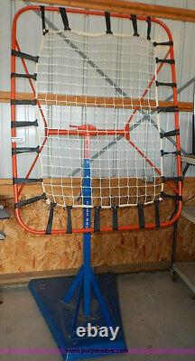 Gared Basketball TOSS BACK training aid passing assist rebounder bounce-back