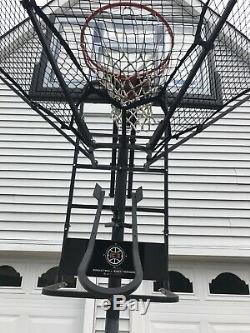 IC3 basketball trainerdevelop perfect shot trajectory and dominate
