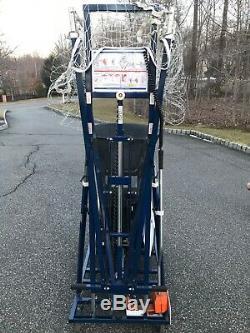 Shoot-A-Way Gun 8000 Basketball Shooting Machine