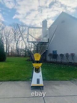 Shoot A Way The Gun 6000 Basketball Shooting Machine